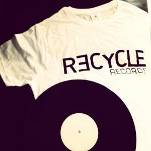 REC t-shirt